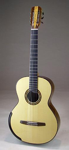 frntportrait-Guitar-Luthier-LuthierDB-Image-14